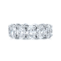 Kwiat Oval Cut Diamond Band