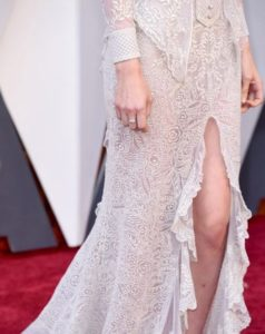 Rooney Mara wearing Fred Leighton diamond ring at the Oscars